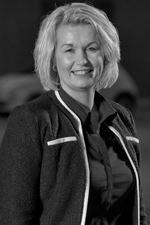 Vera Hobé (Sales employee)