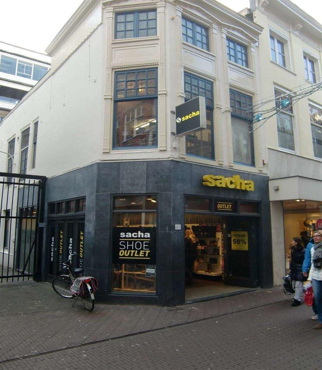 Winkel den haag zoek winkels te huur spuistraat 43 2511 for Reiswinkel den haag