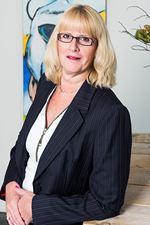 Erna Mensink (Assistent-makelaar)