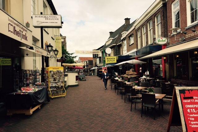 Bekijk foto 2 van Voorstraat 31