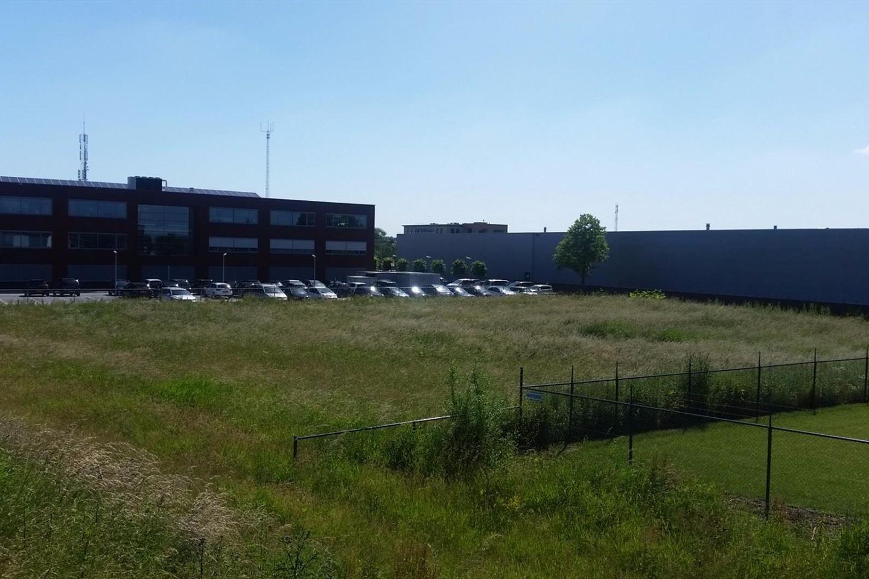 Bekijk foto 2 van Industrieweg Oost 18