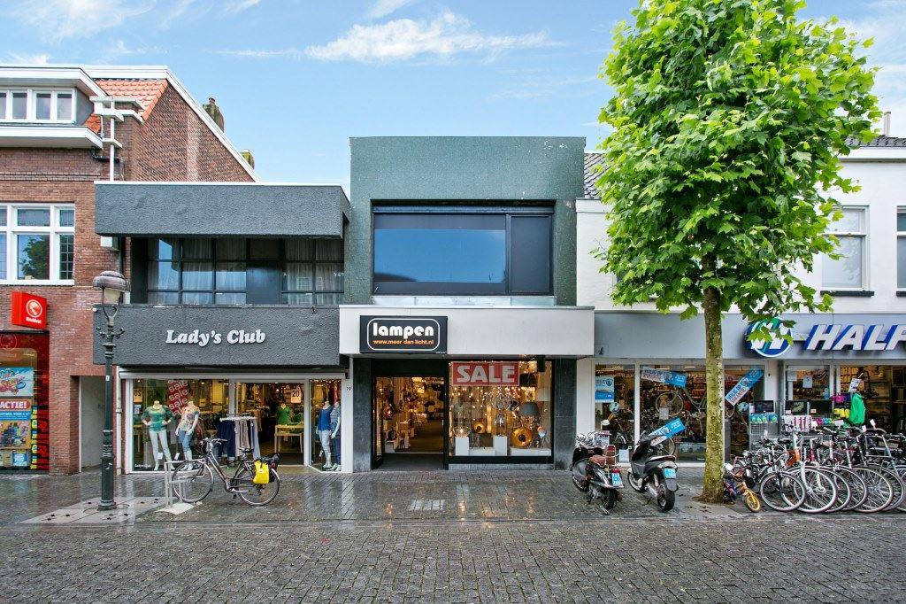 Bekijk foto 2 van Sint-Josephstraat 21