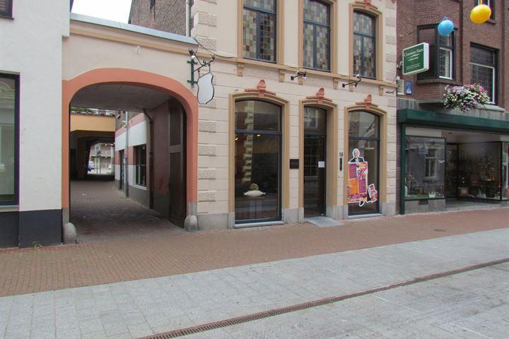 Maasstraat 18, Weert