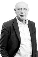 Dirk J. Woltjer ()