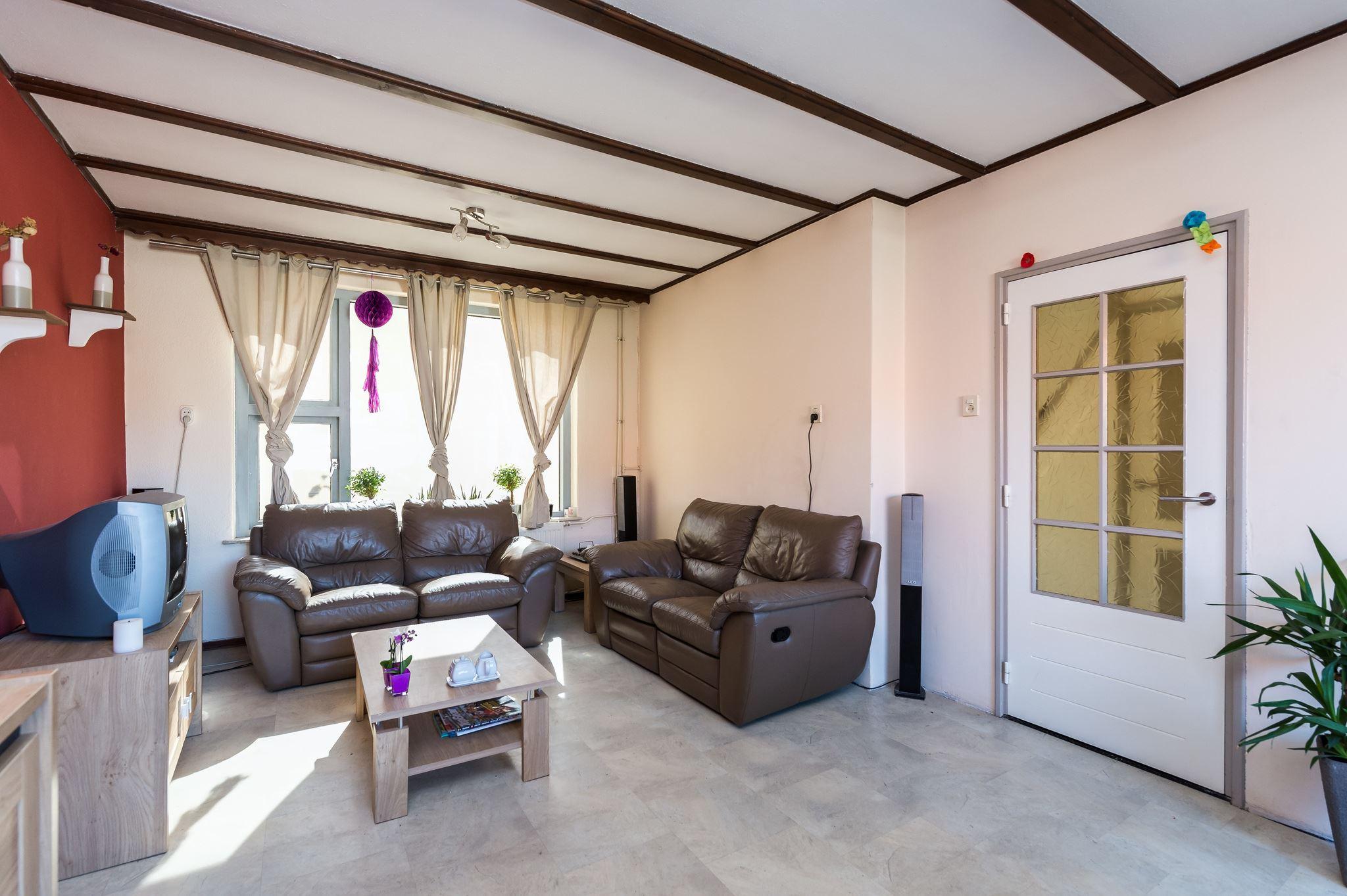 Keukens Oude Tonge : Huis te koop Ruychrockstraat 35 3255 XL Oude Tonge [funda]