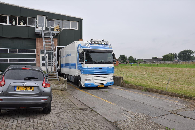 Bekijk foto 3 van Maasdijk 58 A