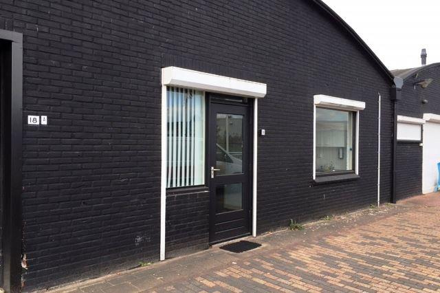 Bekijk foto 3 van M.A.de Ruijterstraat 18 a
