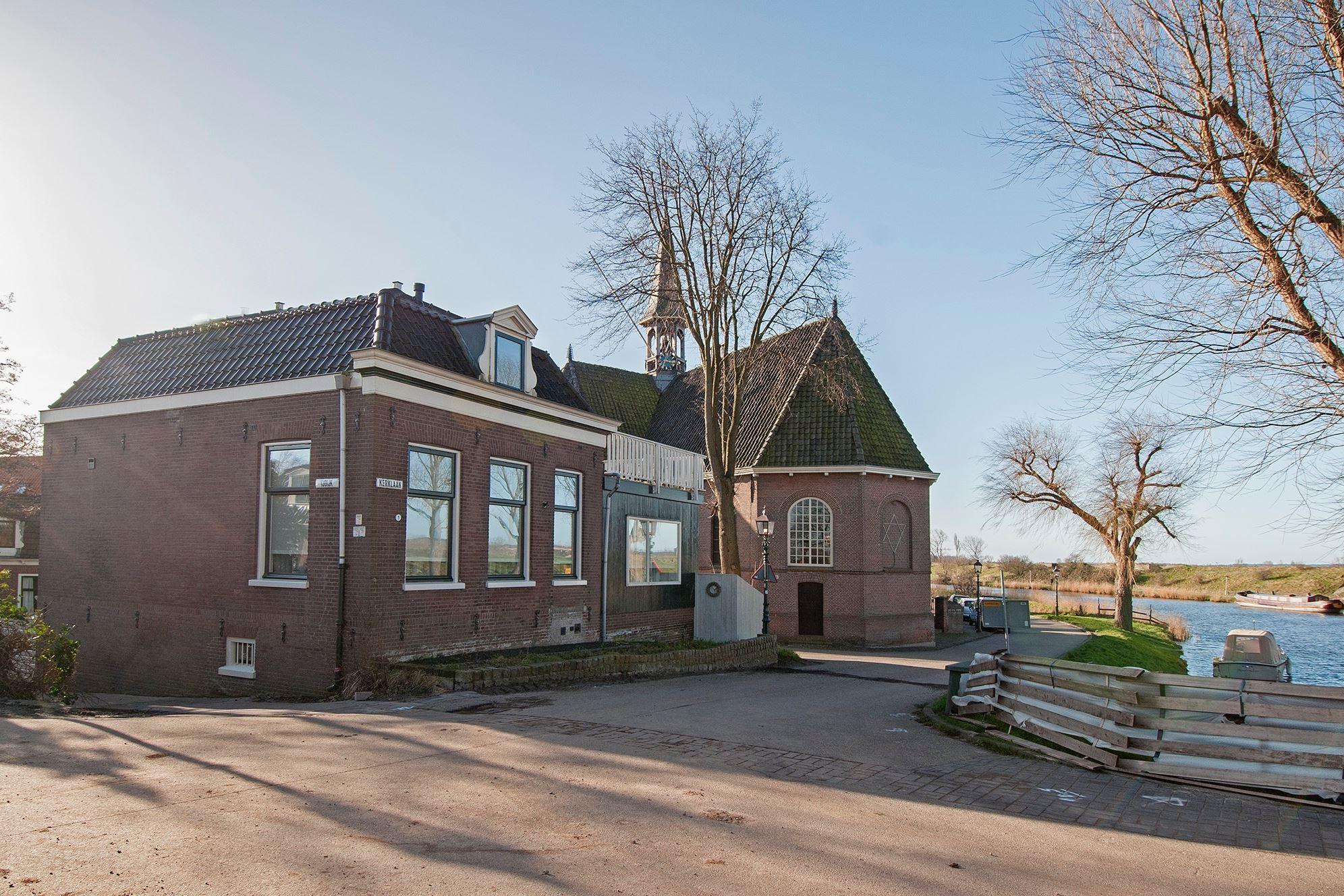 Huis te koop kerklaan 1 2063 jj spaarndam gem haarlem for Koopwoningen