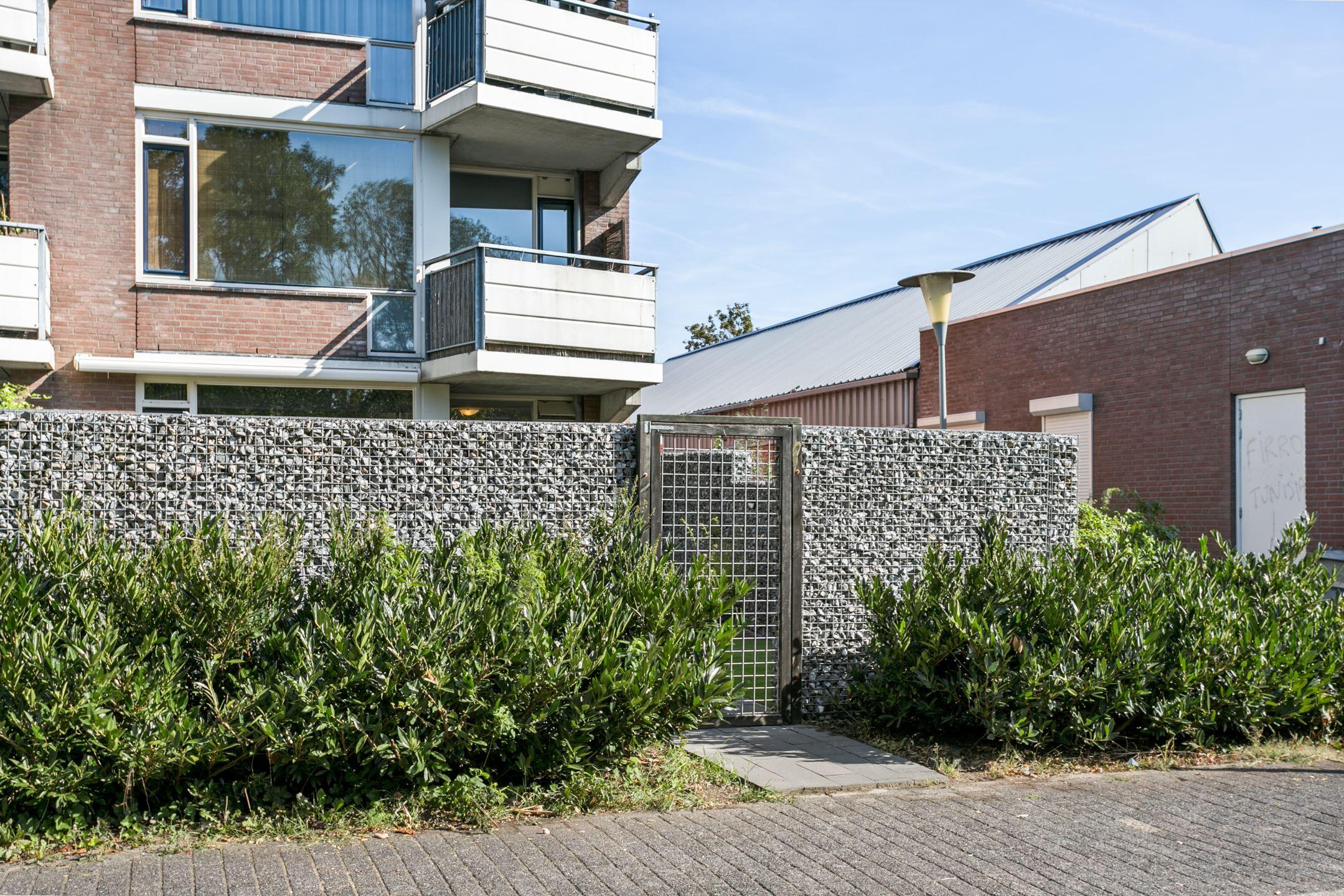 Verkocht terneuzenstraat 75 6845 cs arnhem funda - Foto moderne inbouwkeuken ...