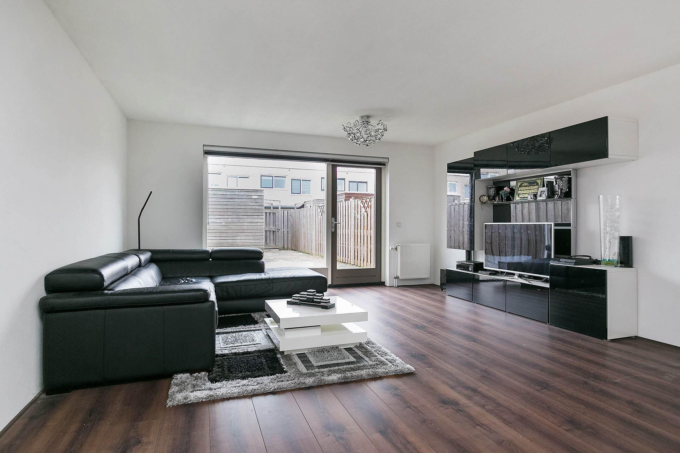 Verkocht gr newaldstraat 43 1328 vb almere funda - Foto moderne inbouwkeuken ...