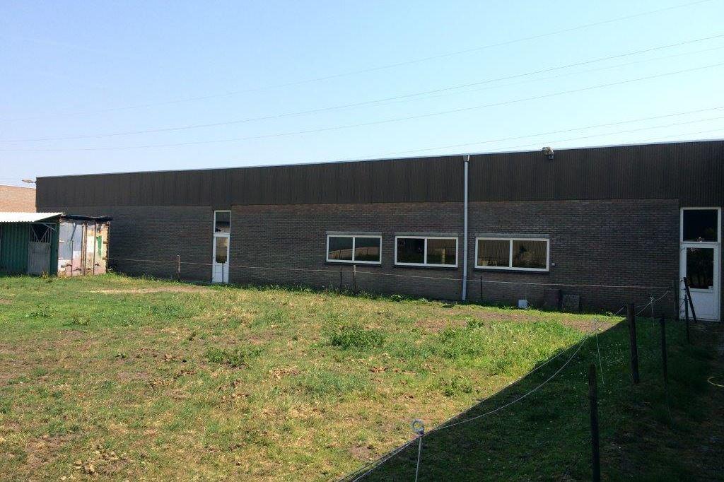 Bekijk foto 4 van Industrielaan 11