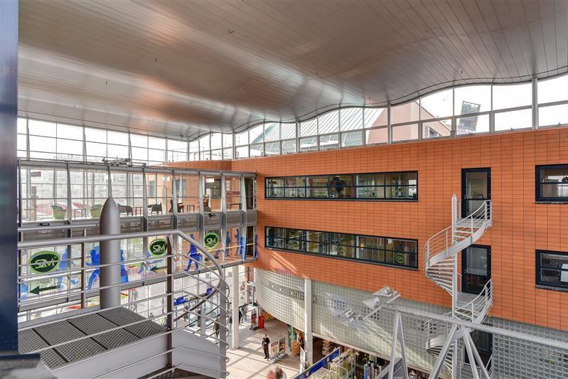 Bekijk foto 2 van Stationsplein 61