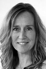 Jinty Kleinepier-van Os  (Sales employee)