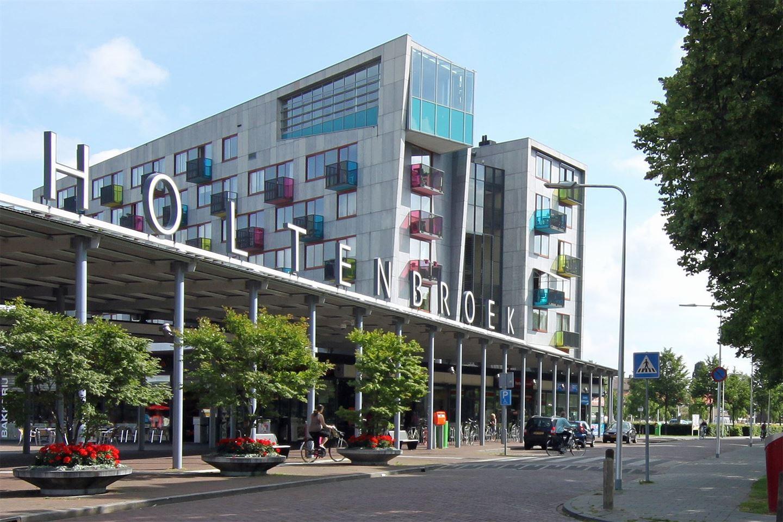 Bekijk foto 2 van Bachplein 19