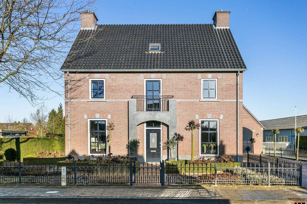Bekijk foto 2 van Beerseweg 4 c