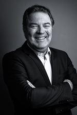 J.H. Velthaak (Directeur)