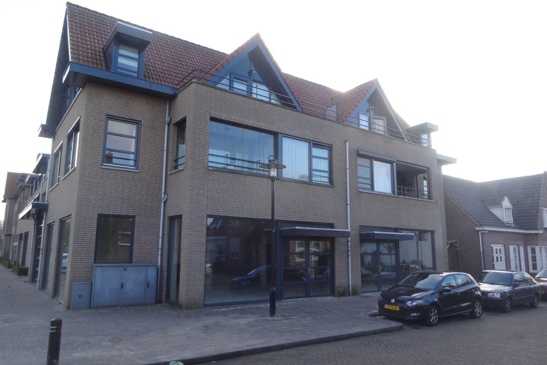 Bekijk foto 2 van Sluisstraat 24