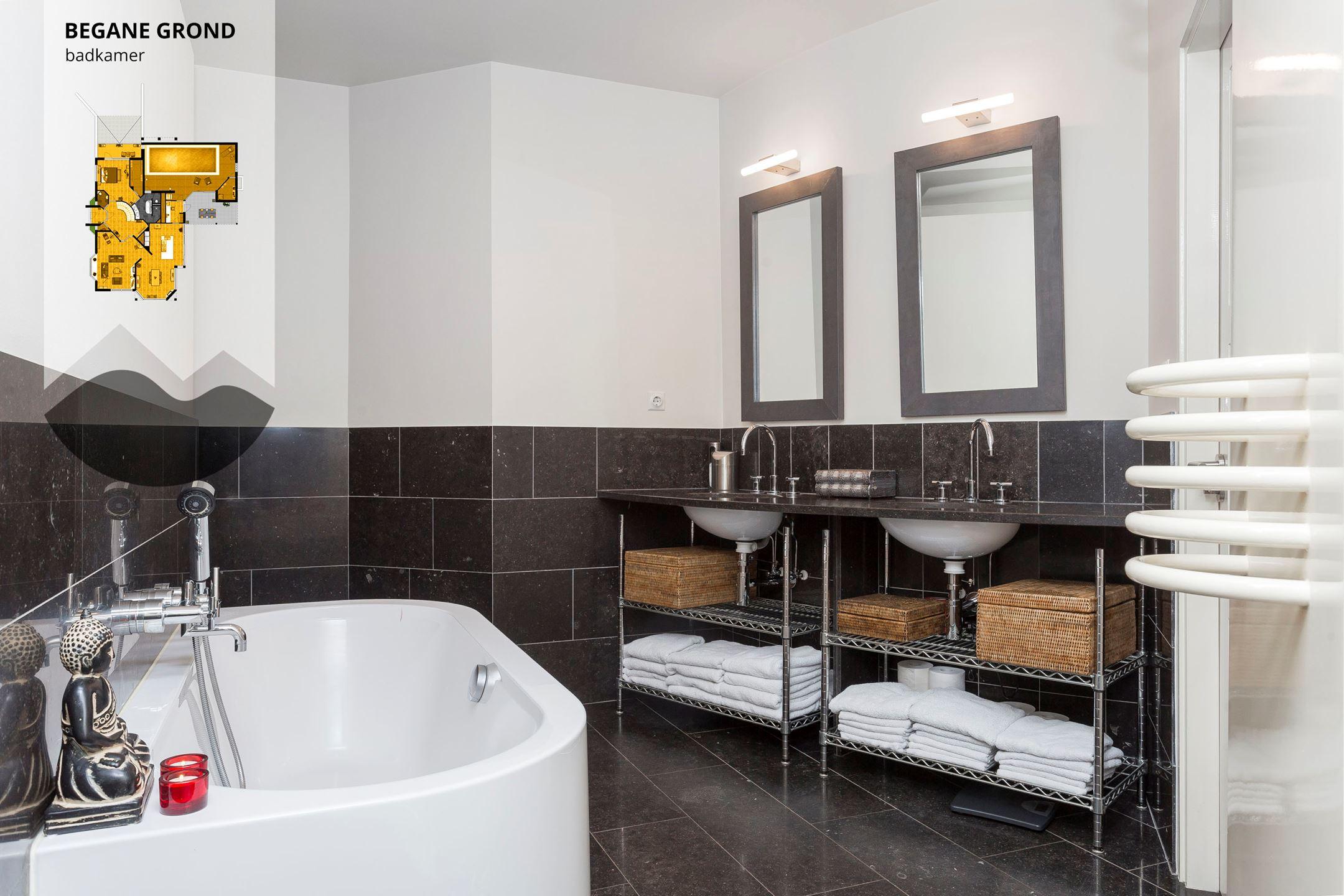 Badkamer Deels Betegelen : Best badkamer half betegelen photos new home design