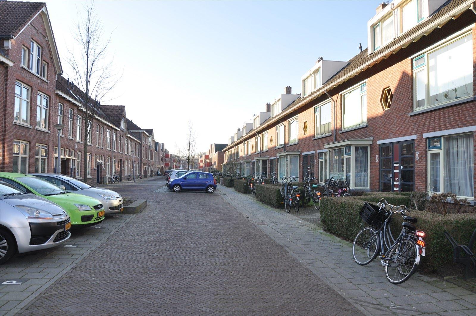 Verkocht bedumerstraat 122 9716 bp groningen funda - Foto van keukenuitrusting ...