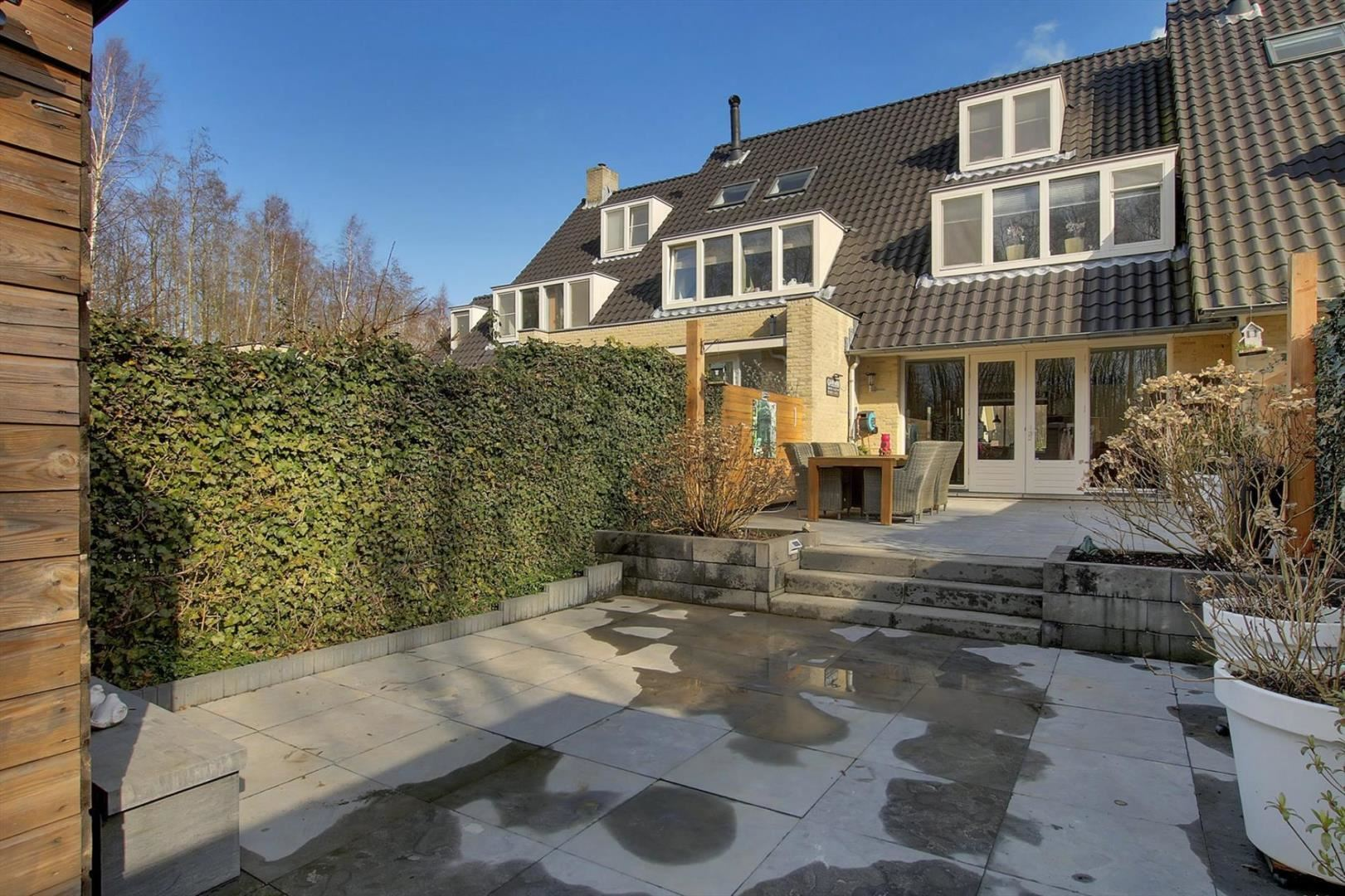 Verkocht: Sprietzeil 78 1319 EC Almere [funda] Chagallweg 78 Almere