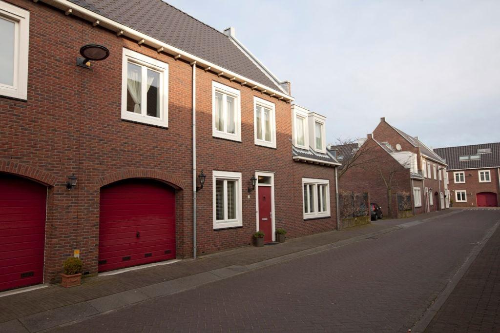 Huis te koop schenge 2 2134 wc hoofddorp funda - Eigentijdse huisfotos ...