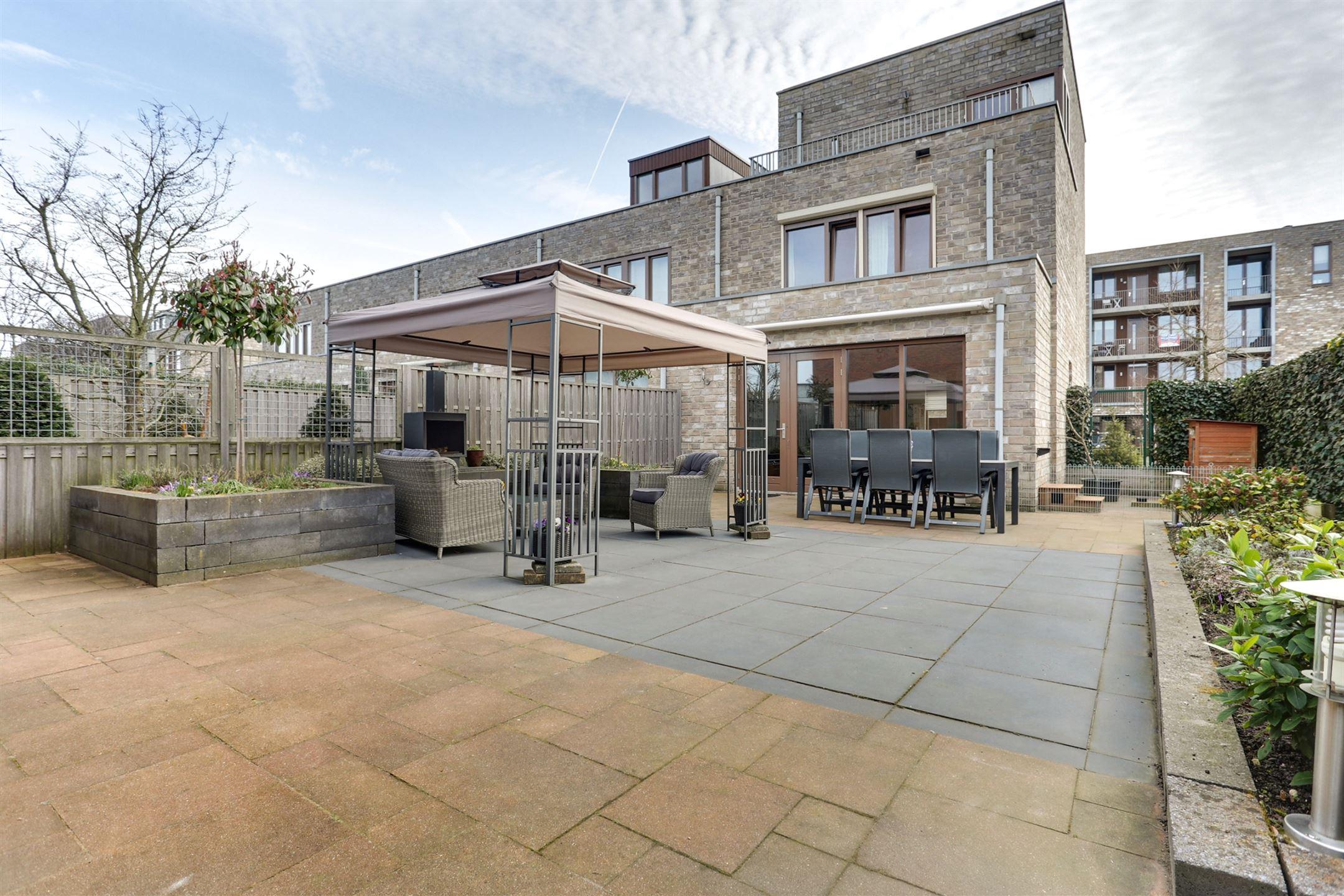 Verkocht macbridestraat 49 3902 kk veenendaal funda - Exterieur ingang eigentijds huis ...