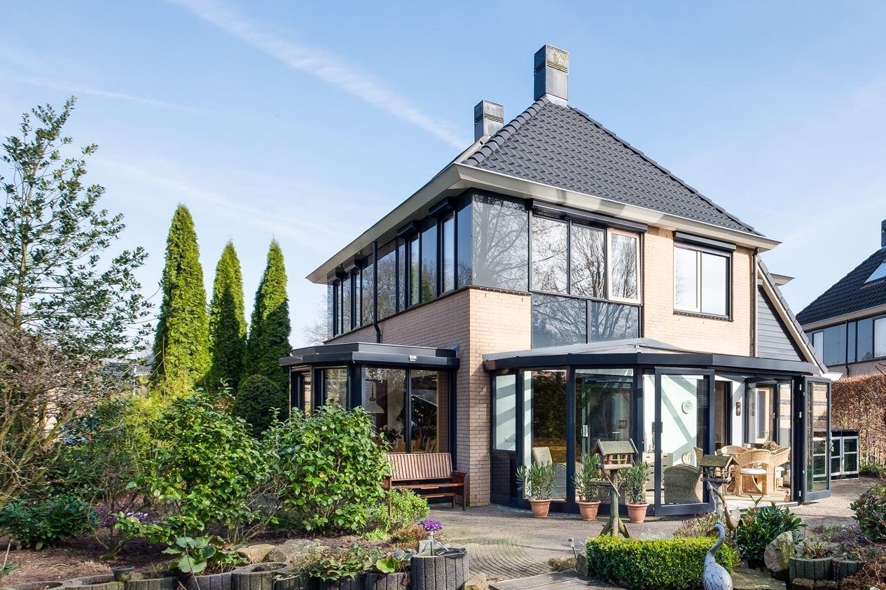 Huis te koop olmiuslaan 12 6998 ae laag keppel funda - Entree eigentijds huis ...