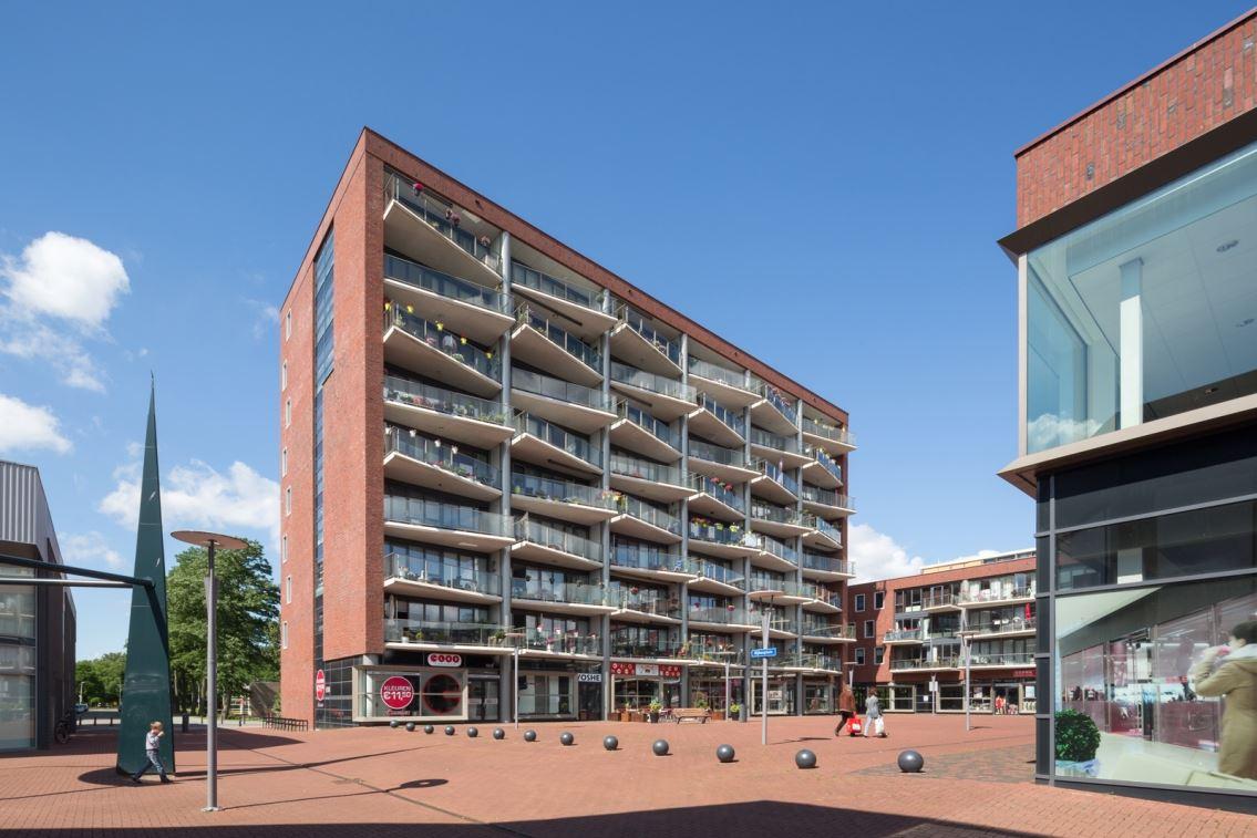 Winkel hoogvliet rotterdam zoek winkels te huur for Nieuwbouw rotterdam huur