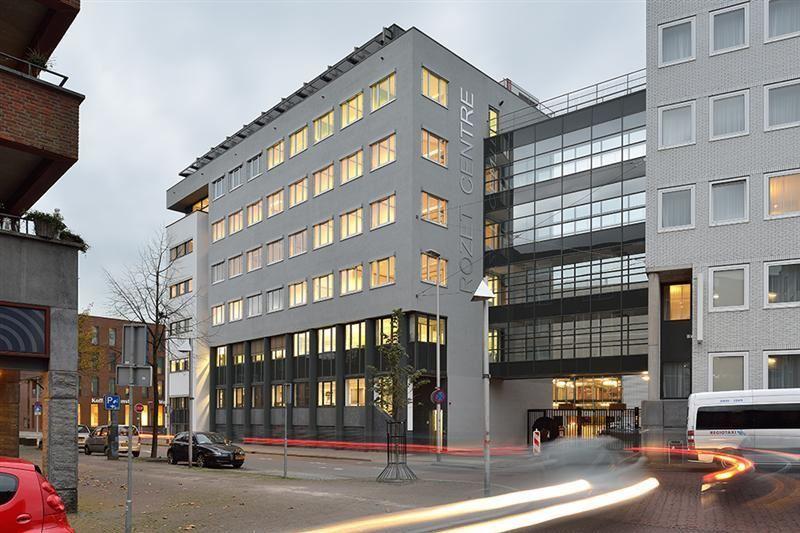 Bekijk foto 2 van Vossenstraat 6