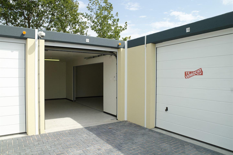 Bekijk foto 4 van Garagepark Apeldoorn XXL