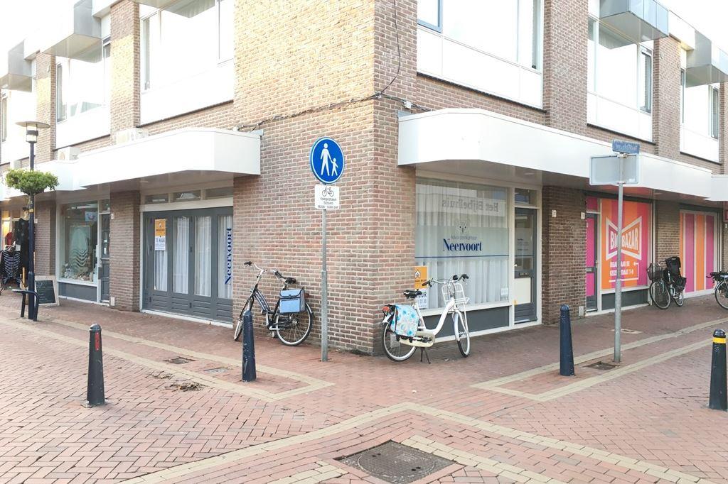Bekijk foto 1 van Wezenstraat 20