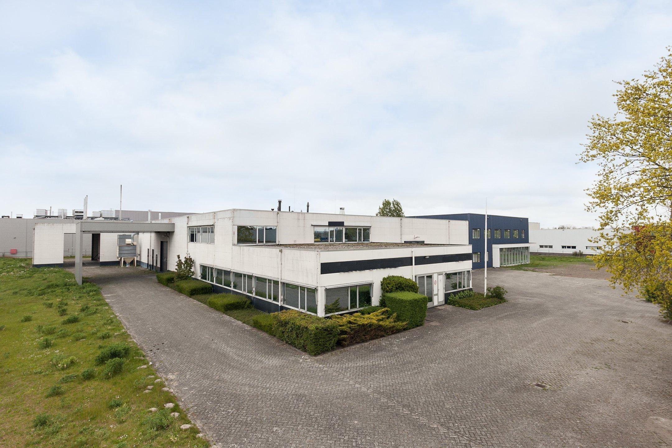 Bedrijfshal Lelystad | Zoek bedrijfshallen te koop: Bouwweg 19 8243 ...