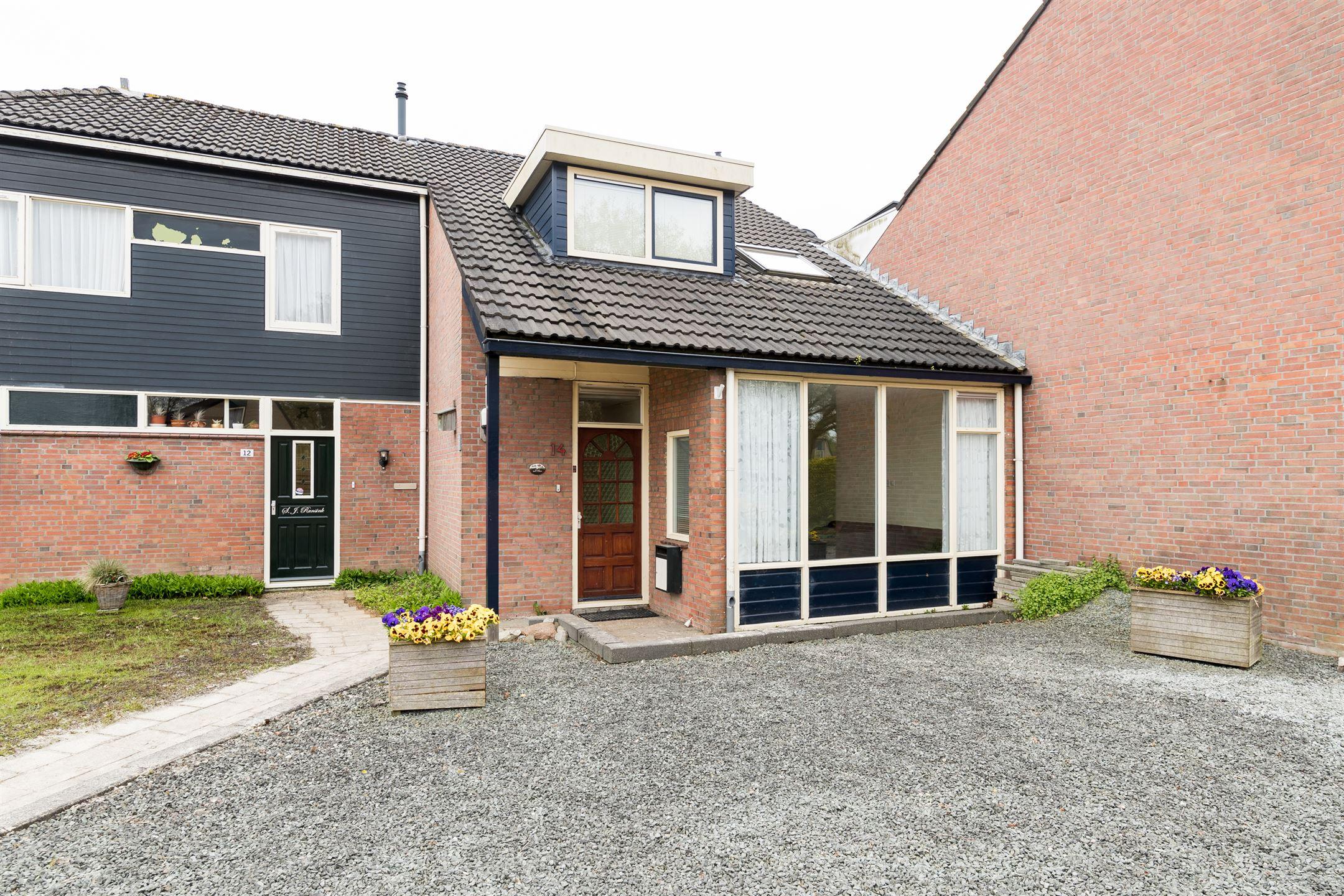 Verkocht den dam 14 9301 xg roden funda - Eigentijdse huisfotos ...