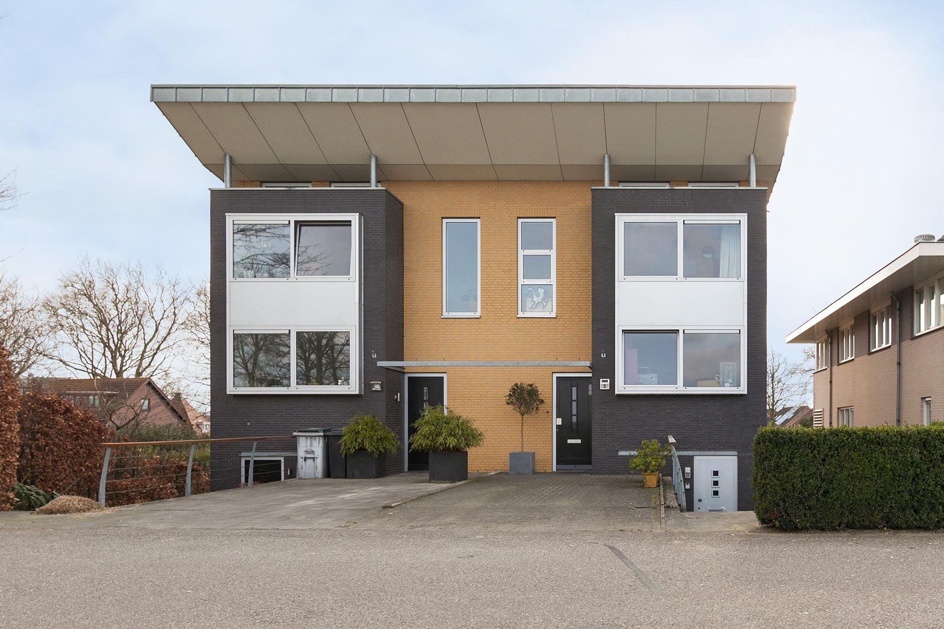 Verkocht winterdijk 3 6851 ms huissen funda for Funda dubbele bewoning