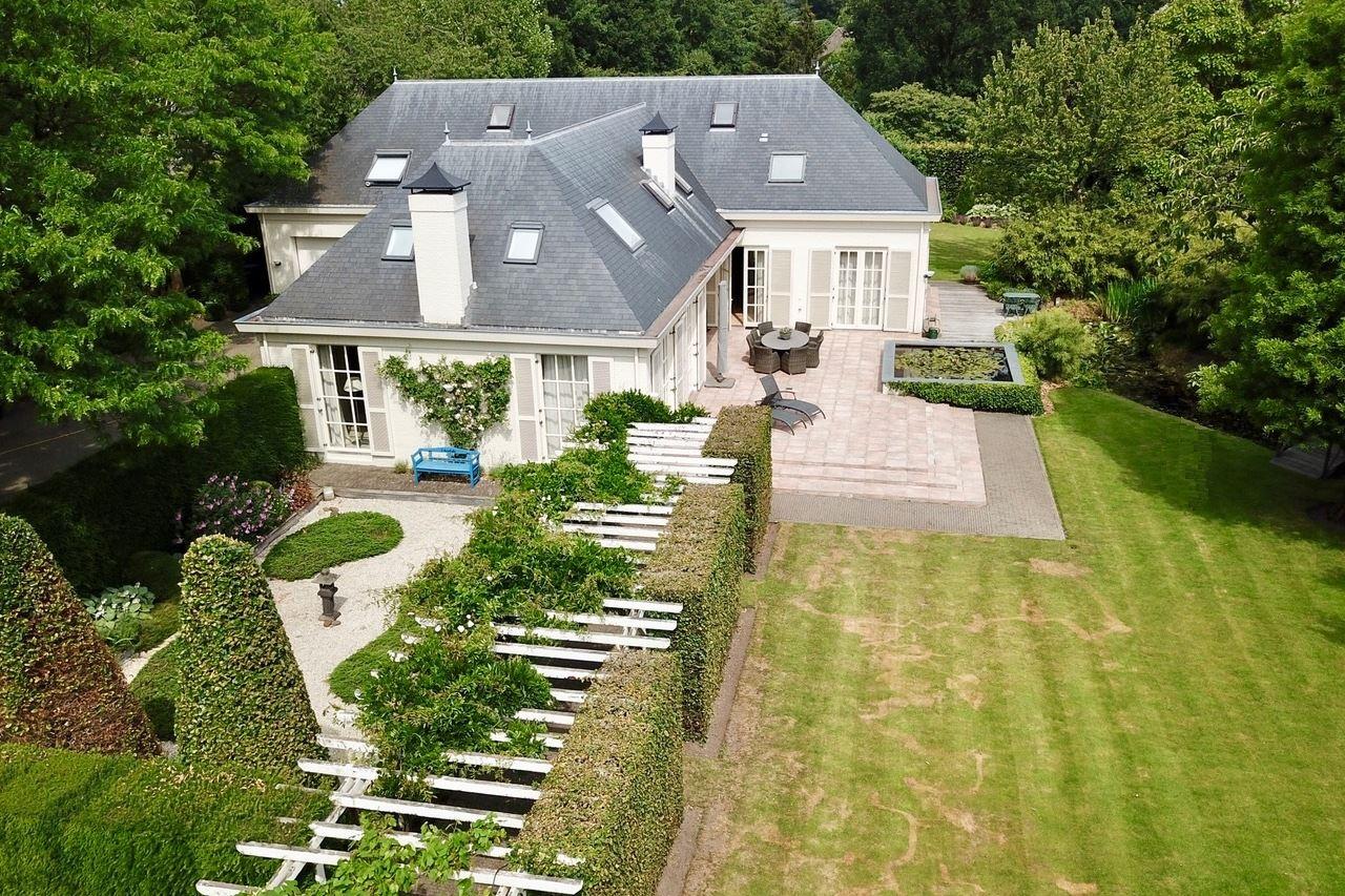 Huis te koop: Hoevenseweg 5 a 5403 PA Uden [funda]