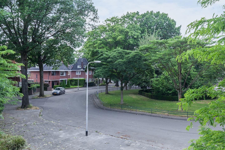Bekijk foto 2 van Burgemeester Damsstraat 50