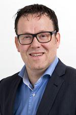 Maarten van der Vleuten MRICS REV RT RRV RM (NVM real estate agent)