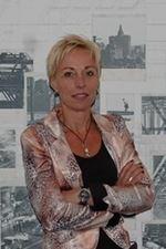 Dineke Oosting-Boschman (Directeur)