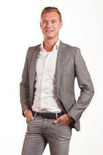 Tom van der Gronden (Real estate agent assistant)