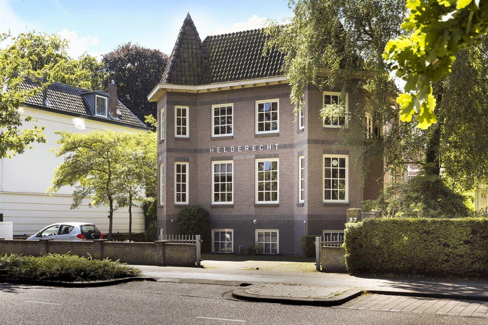 Huis te koop kerklaan 37 7311 ac apeldoorn funda for Mijn huis op funda