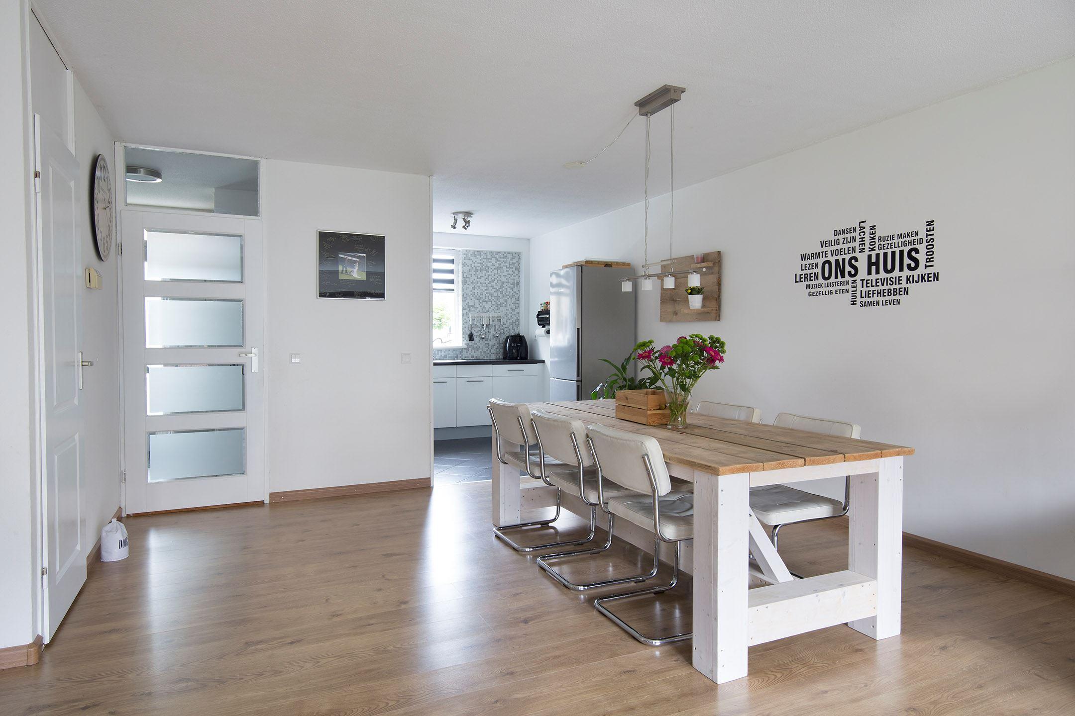 Huis gezellig maken tevens nieuwe meubels laten maken for Huis laten inrichten
