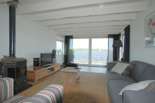 View photo 2 of Nieuw-Loosdrechtsedijk 270 WS 10