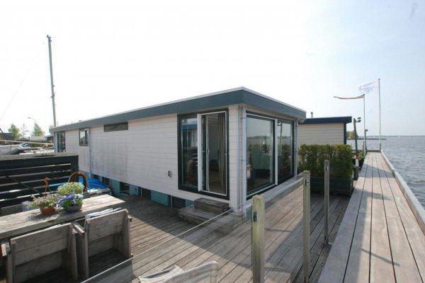 View photo 1 of Nieuw-Loosdrechtsedijk 270 WS 10