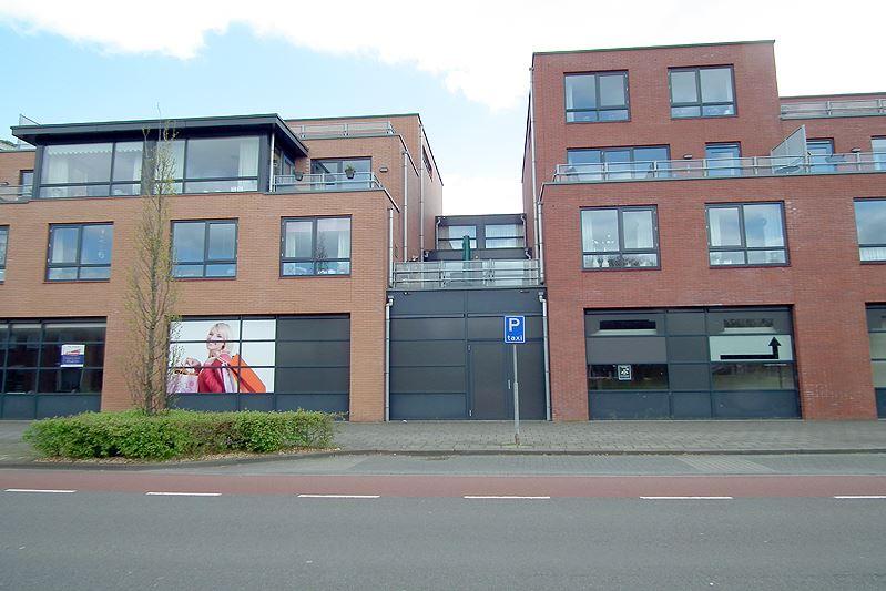 Bekijk foto 2 van Beltmolenweg 1