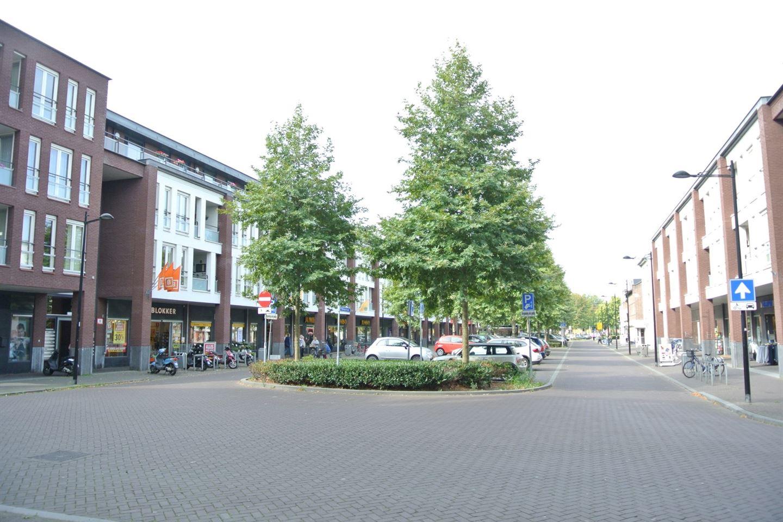 Bekijk foto 4 van Voltastraat 8