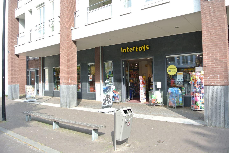Bekijk foto 3 van Voltastraat 8