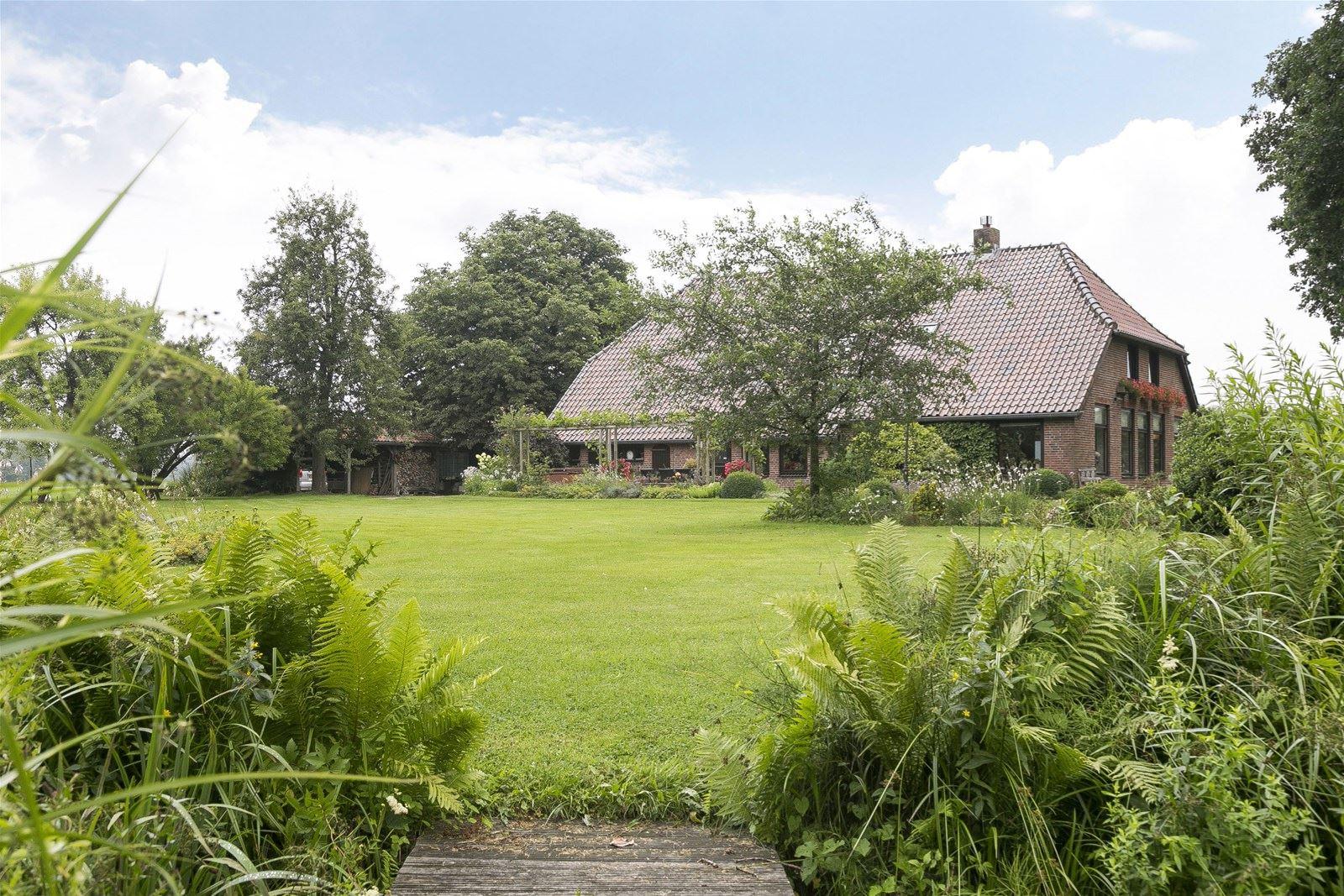 Huis te koop bekkendammerweg 1 7478 pc diepenheim funda for Funda woonboerderij twente