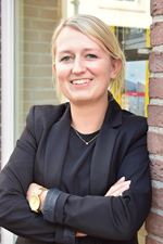 Eline van den Berg (Office manager)