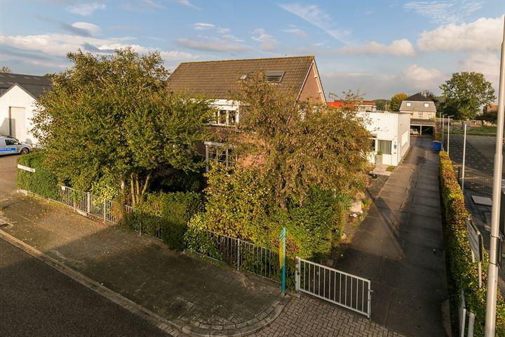 Christiaan Huygensstraat 5, Strijen