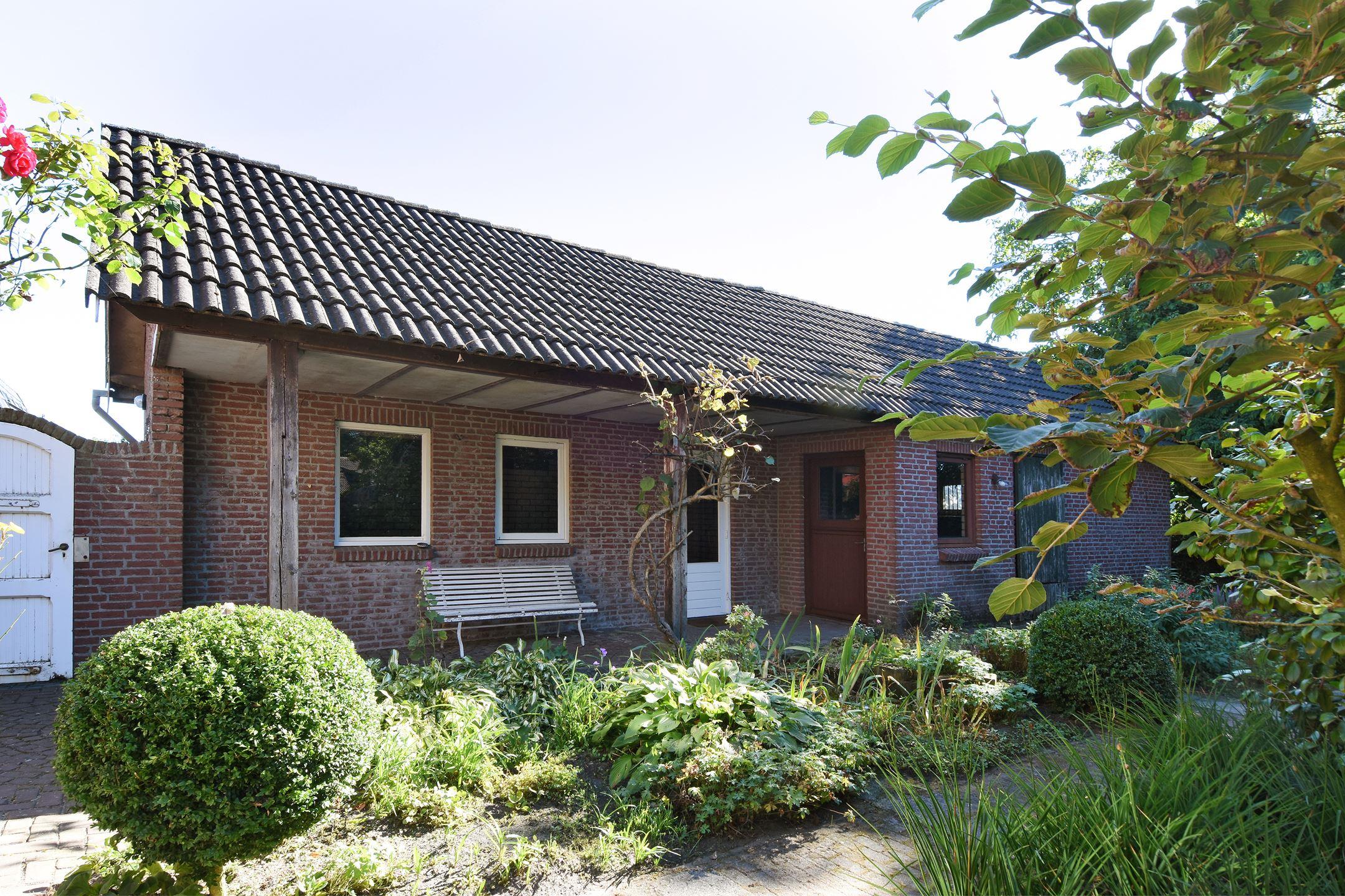 Huis te koop zandstraat 31 5674 nm nuenen funda for Huis en tuin nuenen